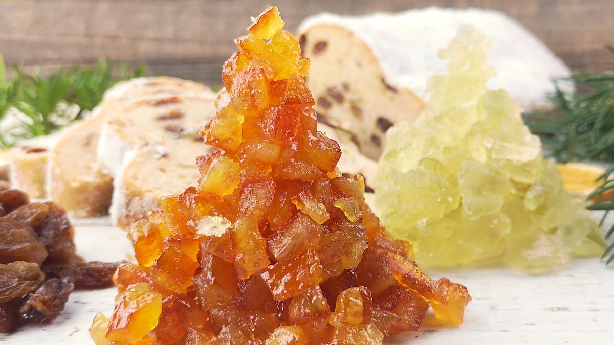 Frisches Orangeat und Zitronat: Den Unterschied sieht man. Und vor allem schmeckt man ihn.
